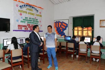 UPB donó salas de cómputo a un colegio de la vereda Sevilla