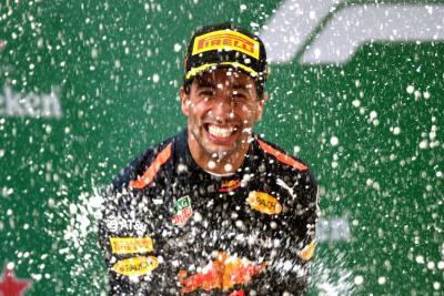 Ricciardo ganó el Gran Premio de China