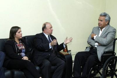 Colombia y Ecuador convocan consejo permanente de la OEA