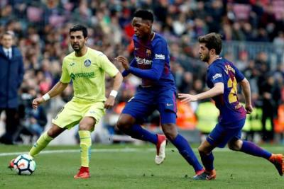 Yerry Mina fue titular con el Barcelona en el empate 2-2 con el Celta