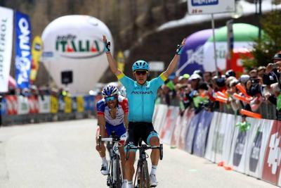 López ganó la etapa reina y Sosa se vistió de líder