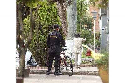 La Policía hace sugerencias sobre labor de los celadores