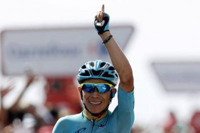 Miguel Ángel López, tercero en los Alpes, buscará hoy el título