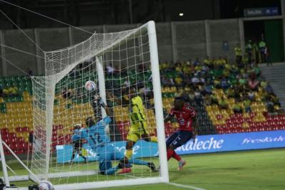 Atlético Bucaramanga perdió 4-2 con el Medellín y quedó eliminado