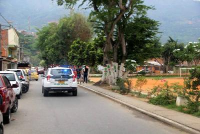 Hombre fue asesinado de un tiro en la cabeza en Girón