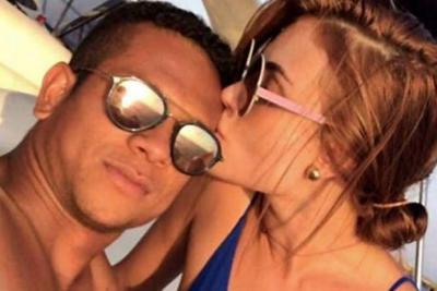 Romántico recibimiento de  Fredy Guarín a Sara Uribe en China