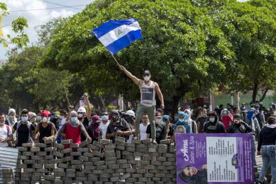 Gobierno de Nicaragua derogó reforma al seguro social tras protestas que dejan 27 muertos