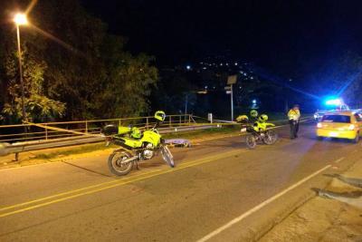 Accidente de tránsito dejó un motociclista muerto en vía de San Gil