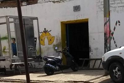 Despejarán vías de Bucaramanga invadidas de talleres de mecánica
