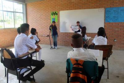 Niños de Santander realizan hoy una consulta para rechazar o apoyar la minería