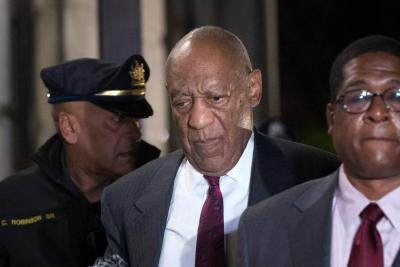 Cómico Bill Cosby es declarado culpable de tres delitos de agresión sexual en EEUU