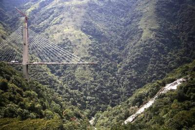 Estado no aportará recursos para reconstruir el puente Chirajara: Coviandes