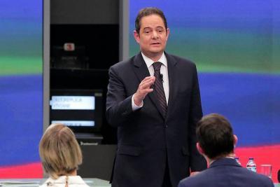 Germán Vargas Lleras arremetió contra el CNE por las encuestas