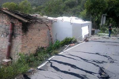 Vía entre Enciso y Carcasí, en Santander, se ha desplazado 30 metros