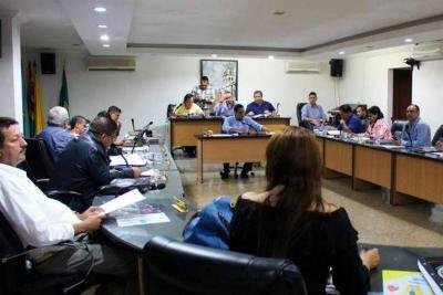 Ordenan romper unidad procesal contra concejales