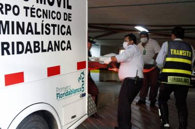 Hombre murió al ser arrollado por su volqueta en Floridablanca