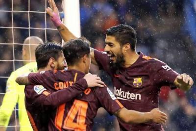 Barcelona selló su octavo doblete y desciende el Deportivo