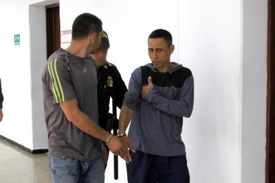 Atraco en Café Madrid terminó con un herido y dos capturados
