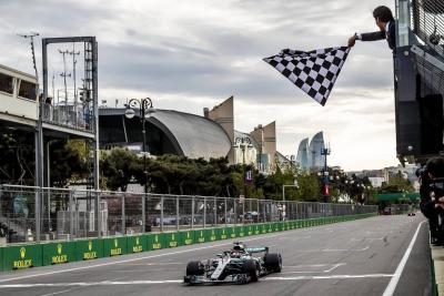 """""""Valtteri Bottas mereció la victoria"""": Lewis Hamilton"""
