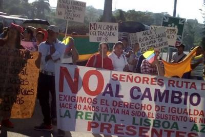 Campesinos marcharon por inconvenientes de la doble calzada hacia Barrancabermeja