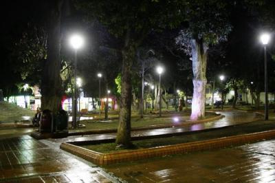 ¿Debe permitirse la prostitución en calles de Bucaramanga? Vea las dos caras de la moneda