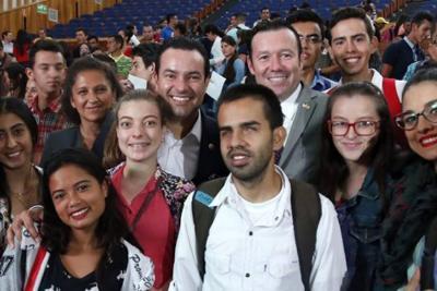 """Educación tecnológica de Santander es """"modelo de inclusión"""" en Colombia"""