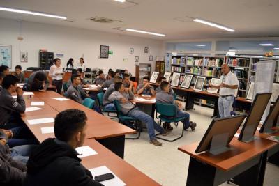 El Sena invierte recursos en el aprendizaje literario