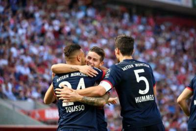 Con gol de James, Bayern venció 3-1 al Colonia