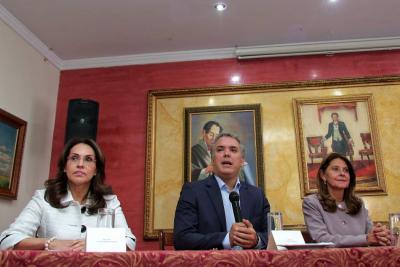 Uribe defiende adhesión de Viviane Morales