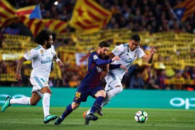 Barcelona y Real Madrid empataron 2-2 en el clásico de la Liga de España