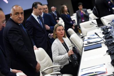 Unión Europea celebra reanudación de diálogos