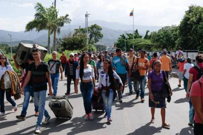 Censo de venezolanos irregulares en Colombia ya supera las 200 mil personas
