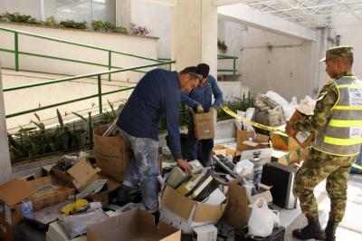 ¿Dónde puedo llevar los residuos posconsumo el 9 y 10 de mayo en Santander?
