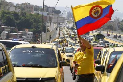 Taxis municipales pasarían a ser metropolitanos en Bucaramanga