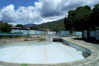 Piscinas en Altos de Arenales darán paso  a parque al aire libre