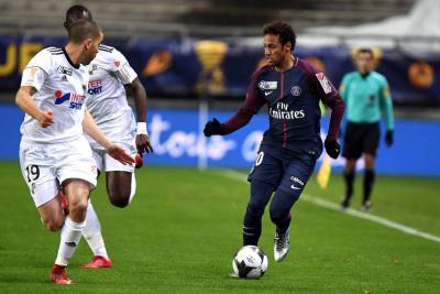 Prensa francesa dice que Neymar saldría del PSG y buscaría llegar al Real Madrid