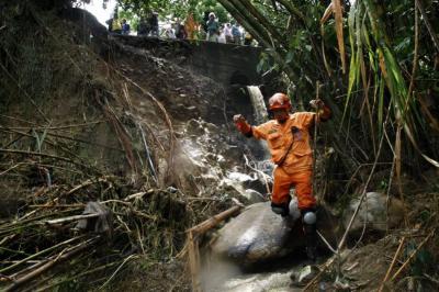 Encuentran cuerpo que correspondería al menor desaparecido en Los Curos
