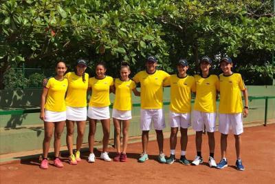 El futuro del tenis colombiano se entrena en Bucaramanga