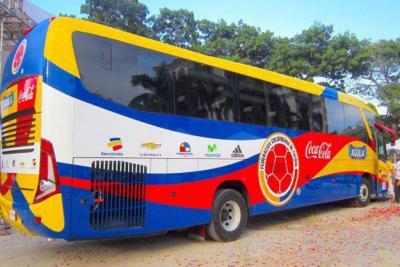 Usted puede escoger el slogan del bus que transportará a la Selección Colombia
