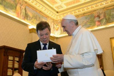 Santos se reunirá con el papa en el Vaticano