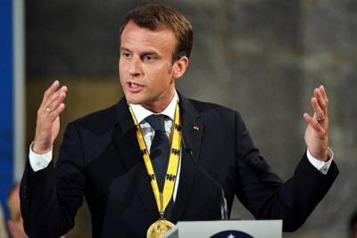 """""""Francia no cederá ante los enemigos de la libertad"""": Macron"""