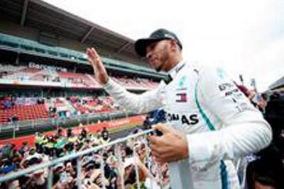 Hamilton ganó en España y se afianza en el liderato de la F1