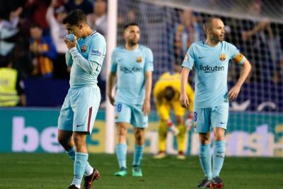 Con Mina los 90 minutos, Barcelona perdió el invicto en la Liga de España