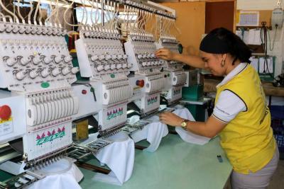 Convocatoria para empresas textiles y de confecciones