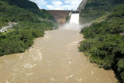 Isagén disminuye vertimientos de la represa al río Sogamoso