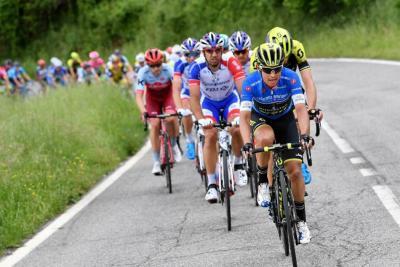 'Tengo una relación de amor-odio con el Giro': Esteban Chaves