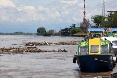 Mantienen alerta roja por lluvias y crecientes de ríos en Santander