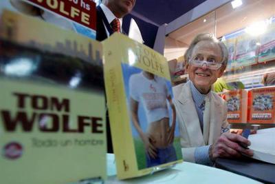Falleció el padre del 'nuevo periodismo': Tom Wolfe