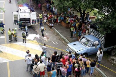 Mujer de 83 años perdió la vida al ser arrollada por un camión en Bucaramanga