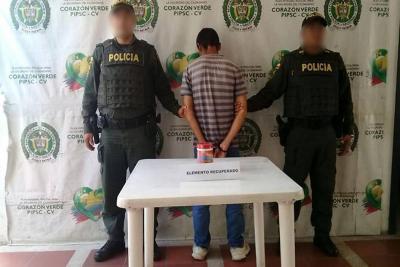 Tres capturas e incautación de armas y licores, balance policial